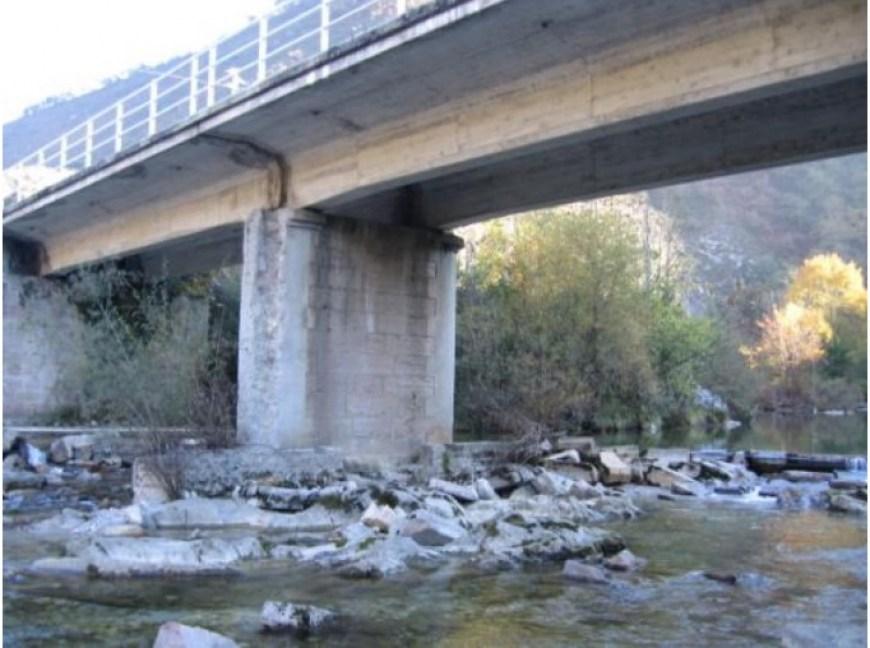 Mantenimiento de puentes de fábrica: patologías en cimentaciones superficiales